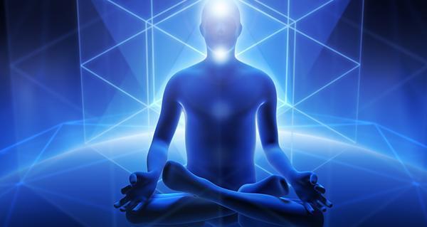 medytujący człowiek